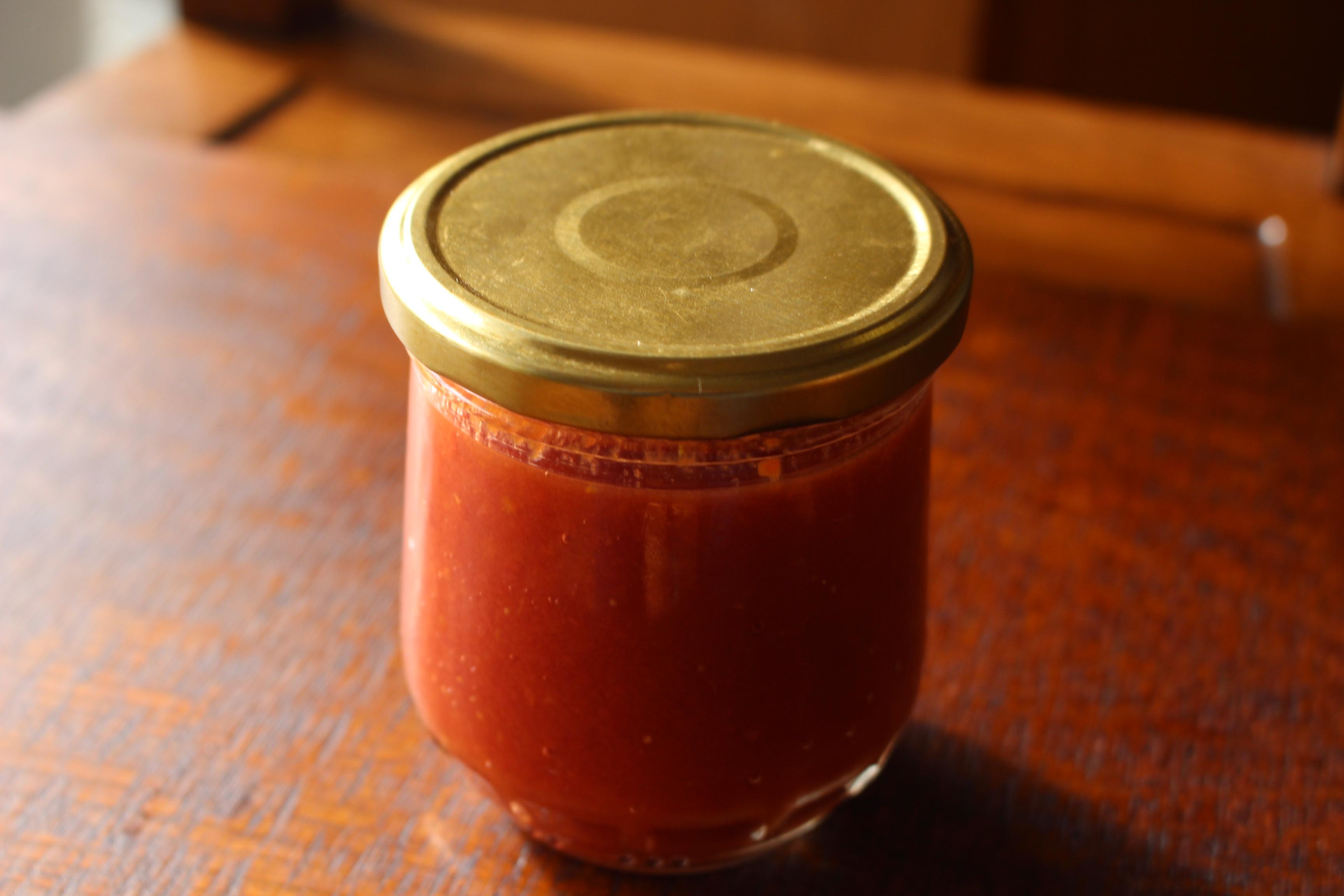 完熟トマトの絶品トマトソース